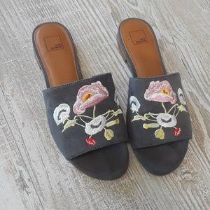 14th & Union sandals